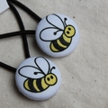 Custom listing Honey bee buttons