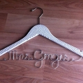 Gorgeous personalised Pearl covered hanger - Perfect for a vintage wedding.