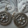 Yin yang ying yang  silver  tone earrings earring