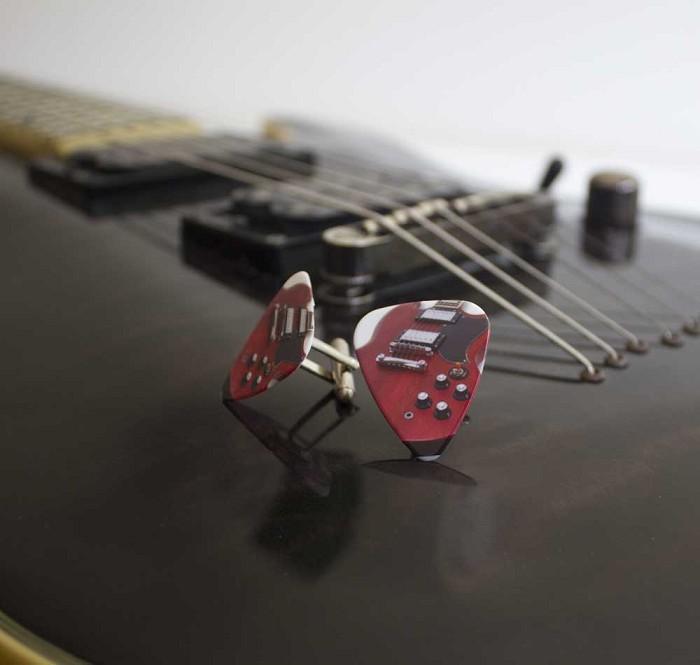 way cool guitar pick cufflinks red zebra designs on madeit. Black Bedroom Furniture Sets. Home Design Ideas