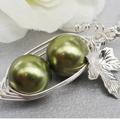 Peas In A Pod Necklace 2,3 Or 4 Peas Choose Your Color Swarovski Pearls