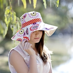 Womens Sun Hat Pattern. PDF Sewing Pattern Reversible Wide Brim Sunhat with Trim