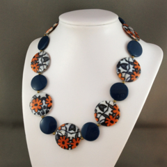 Floral Shell Beaded Necklace