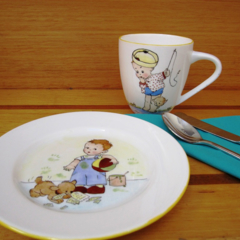 "Hand painted small Royal Doulton plate - ""Sorry Mum"""