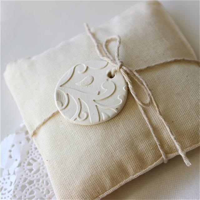 Botanic Wedding Ring Keeper Ring Pillow Alternative Round