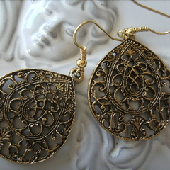 gold tone teardrop earring patterned gorgeous earrings