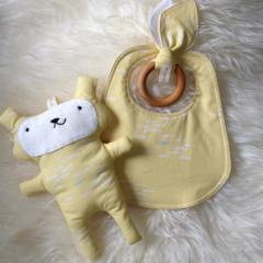 Organic Baby Set - bib, teething ring & softie