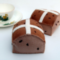 Easter Hot Cross Bun Felt Food Set (2 pieces)