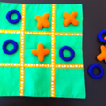 Naughts and Crosses Game (Green)