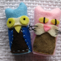 Owl & Pussycat finger puppets