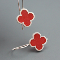 Quatrefoil Red Earrings