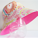 Girls beautiful summer hat in sunburst pattern
