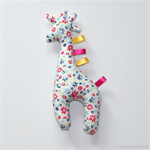 Giraffe Tag Toy Rattle Flowers