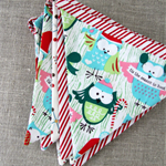 Christmas bunting with owls, red stripes, festive decoration
