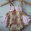 Vintage rose bouquet ruffle playsuit sz 0000-3
