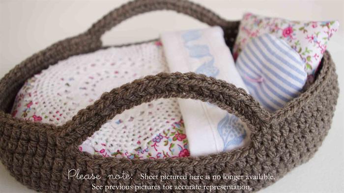 Handmade Moses Basket Bedding : Small dolls moses basket and bedding set vintage fabrics