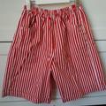 Red stripey capri shorts with pockets sz 3-8