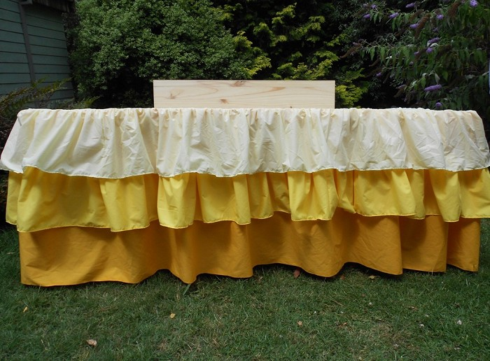 Ombre Ruffle Tablecloth Pink Blue Yellow Vintage Sew