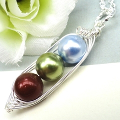 Three Peas In A Pod Personalized Birthstone Necklace  Ideal Gift For Mum Grandma