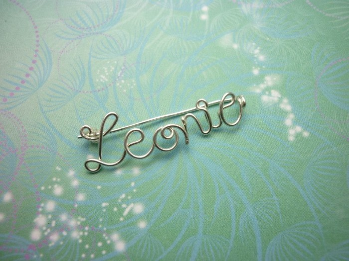 Handmade Personalised Wire Name/Word Brooch Gold or Silver Crystal ...