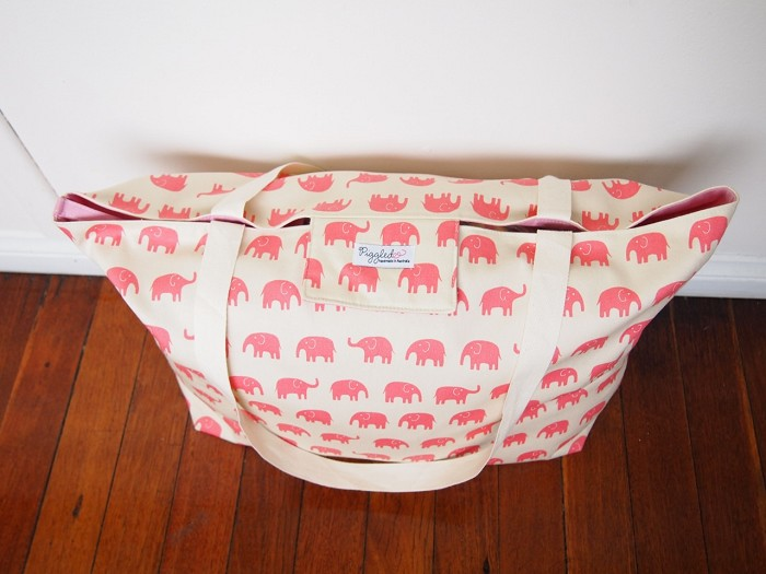 Extra-Large Beach Tote Bag Nappy Bag with a Wet Bag Pocket - Pink ...
