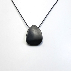 Simplicity- Matte onyx bead on short silk necklace