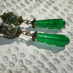 Orientia Drops.. SALE stunning Natural Emerald green  Vintage handmade  Earrings