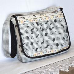 ON SALE: Shoulder bag - laptop or general use
