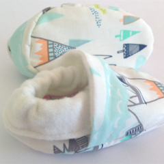 Baby shoe/booties Indian summer AZTEC bamboo absorbent Winter warm/soft