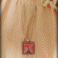 """Fun,vintage style image sealed to 1""""glass pendant & ball chain (4 poppies)"""