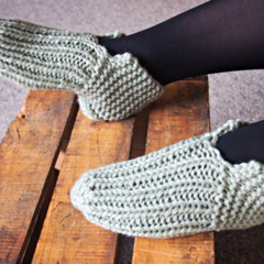 Slipper Socks Boot Style size 38 small women's LAST PAIR