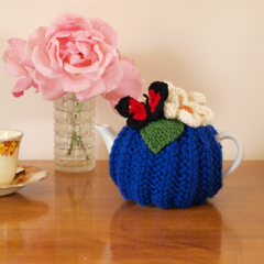 Flowers and Butterfly 2 cup Tea Cosy