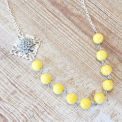 Quendi Necklace Yellow Grey Silver Candyland Vintage Beaded