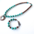 Freedom green agate and wood bright colour beaded bracelet