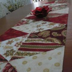 Christmas Table Runner - Rose & Gold