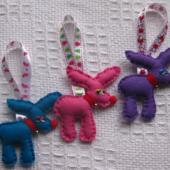 Reindeer trio Christmas decoration Bright colours