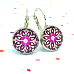 Leverback earrings - Pink & burgundy floral wheels - Vintage patterns in resin