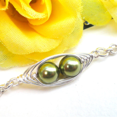 Peas In A Pod Petite Silver Bracelet - Mother gift, Grandma gift, sister gift