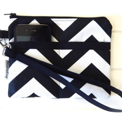 Black and White Chevron Fabric Wristlet Pouch Purse