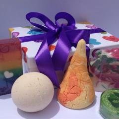 Gift Set / Bath Hamper