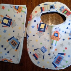 Baby Boy Bib and Burp Cloth Set - Robots!