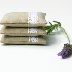 Set of 3 Lavender Sachets - Linen and Lace - Minimal Classic
