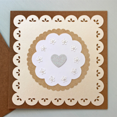 Greeting Card Kraft Beige Flowers