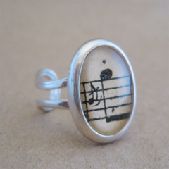 Vintage Music Ring - Silver