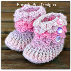 Crochet Crocodile Stitch Baby Booties size 6-12 months pink, lavender, grey