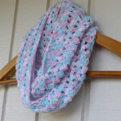crochet infinity scarf | multicolour pastel pink aqua blue white | 2 - 8+ years
