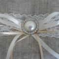 Wedding Ring Pillow - Vintage Look with Pearl