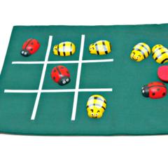 Garden bugs tic tac toe game