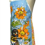 Metro Retro 'Busy Buzzy Bumble Bee' Vintage Apron - Birthday Christmas Gift Idea
