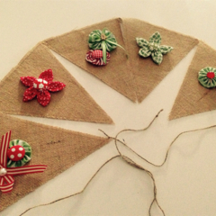 READY TO SHIP  hessian/burlap bunting red green pretty